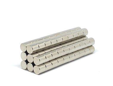 Voordeelset 100 stuks neodymium schijfmagneten 10 x 10 mm N45
