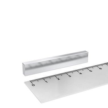 60x10x5 mm vernikkeld N45