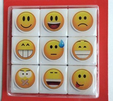 Leuke sterke Smiley magneten - set van 9 stuks