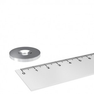 metalen schijf 23 mm met verzonken gat