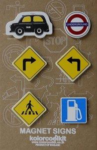 Metalen magneten met auto en verkeersborden